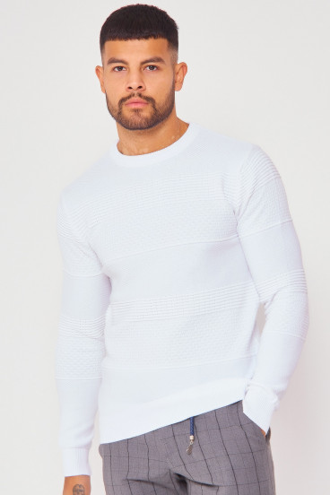 Pull en maille blanc bandes relief