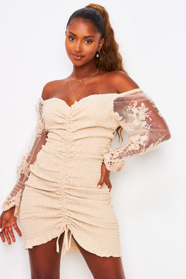 Robe beige à froncer manches tulle